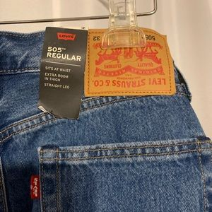 Stanger Things x Levi's 505 jean